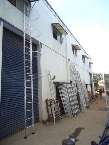 monkey-ladder
