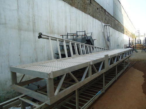 gangway-ladder
